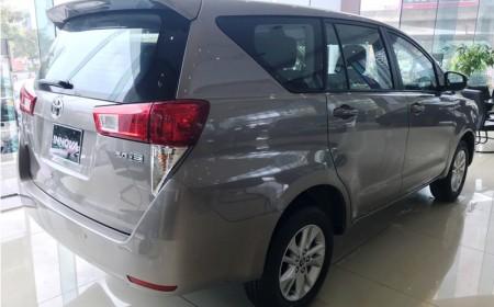 Toyota Innova 2.0G